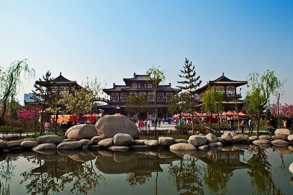 วัดชิงหลง (Qinglong Temple)
