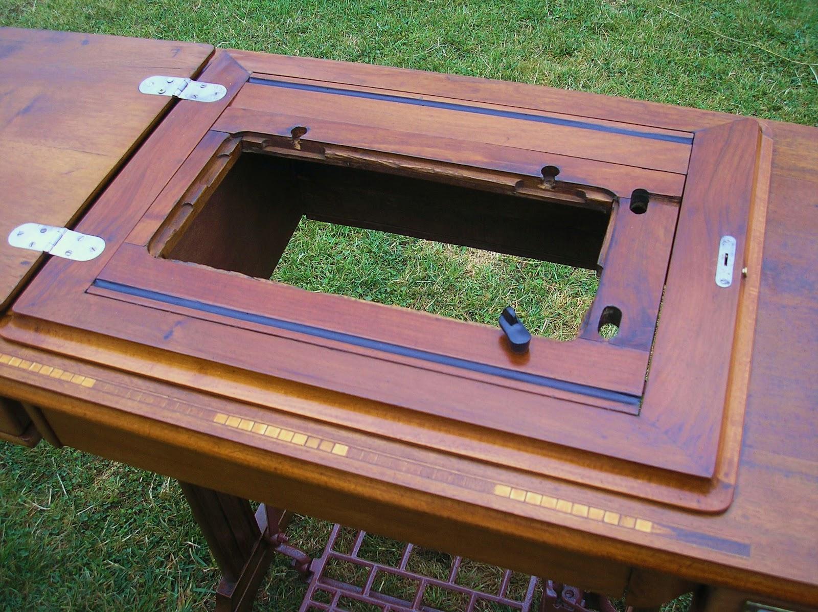 El desvan de mamen mueble de m quina de coser alfa for Mueble para maquina de coser