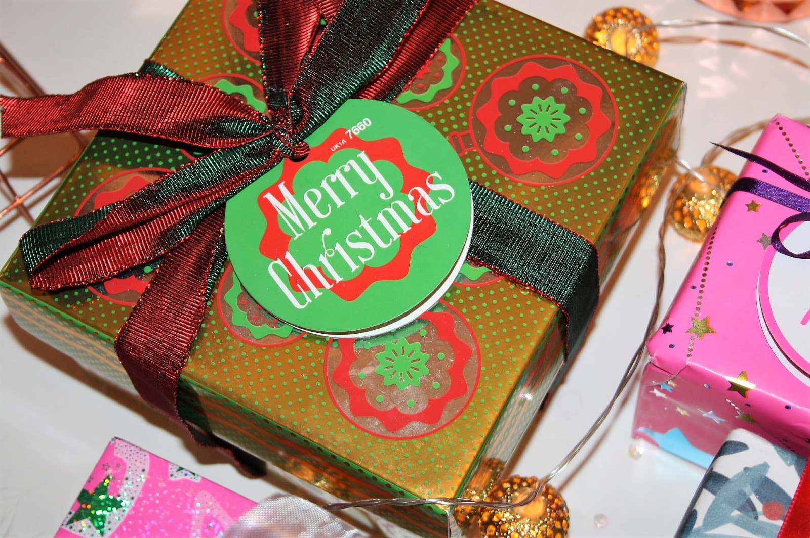 CHRISTMAS: CHRISTMAS GIFT IDEAS FROM LUSH - PRETTY YOUNG THING