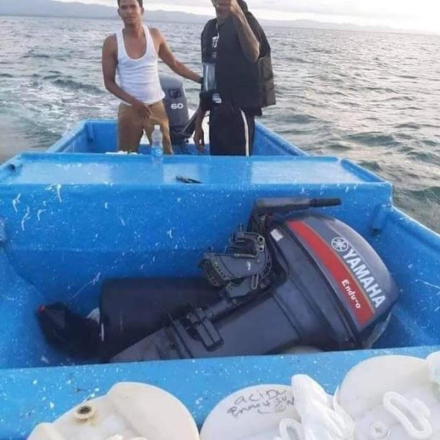 Circula por las redes msj de Ayuda : Una  embarcación pérdida con aproximadamente 13 a 14 personas