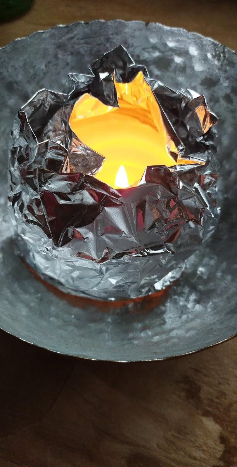 """Illuma DIY by zredukować """"tunel"""" w świecy, jak uratować świecę, folia aluminiowa świeca, Domkove - świeca sojowa Mojito, świeca zapachowa, mojito, zapach mojito, blog o świecach zapachowych"""