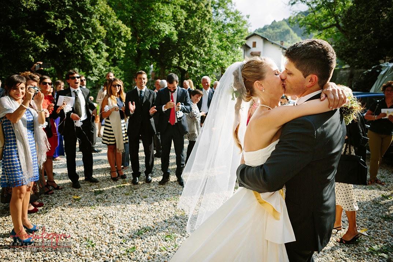 bacio degli sposi matrimonio Genova