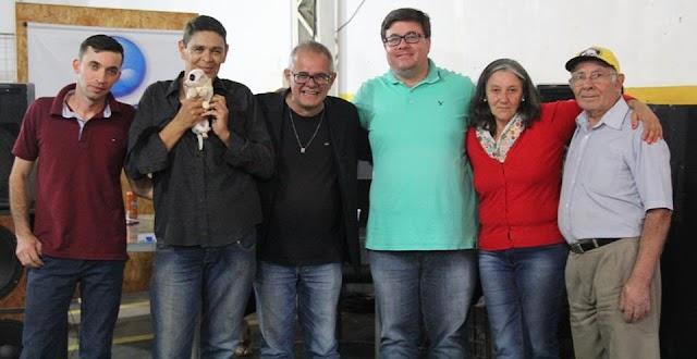 """MAIS UMA EDIÇÃO DO """"AUTOMÓVEL É CULTURA"""" TEVE SHOW DE JUNIOR COSTA"""