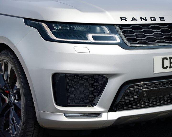 Range Rover Sport 2021 thêm nhiều nâng cấp, giá từ 65.500 USD