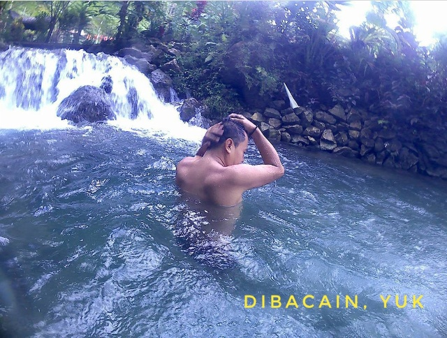 Pemandian Nuansa Alam Tropis Ekowisata Taman Sungai Mudal