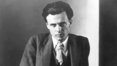 """A special technique described as """"the musicalisation of fiction enables Huxley to modulate from one key theme to another."""