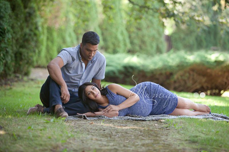 Outdoor pregnancy pictures