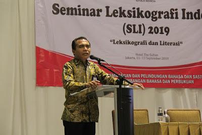 seminar leksikografi indonesia dan literasi