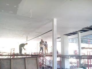 Pemasangan plafon gypsum board di STTM