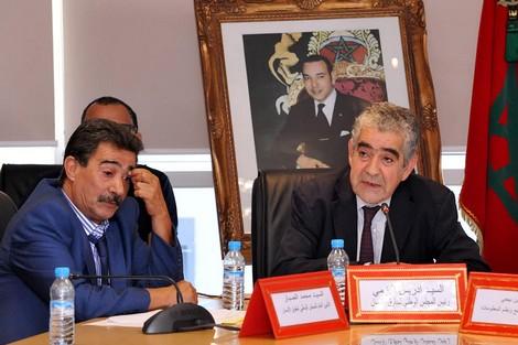 """مجلس اليزمي يدعو إلى تعددية """"مجلس الشباب"""""""