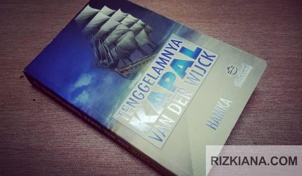 Buku tenggelamnya kapal van der wijck adalah salah satu puisi cinta buya hamka terbaik