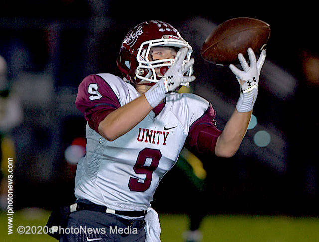 Tyler Clark makes a catch for the Unity Rockets against STM