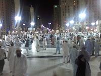 Kelebihan Sholat Isya' dan Subuh Secara Berjemaah