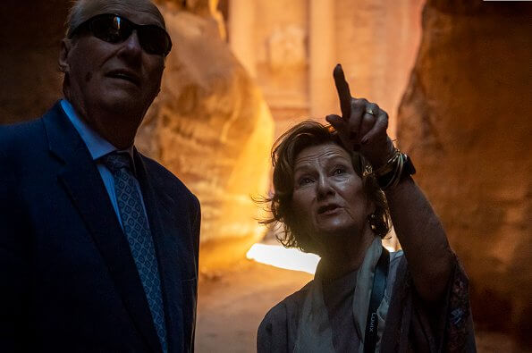 The King and Queen visited the historical city Petra. Petra (Raqmu) is a historical and archaeological city in southern Jordan
