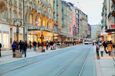 Geneva is the heart of administrative activity