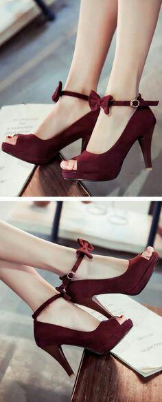Bow pump heels