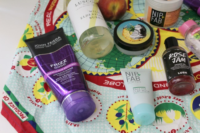 June favourites, a monthly life update and Youtube video. Nourish ME: www.nourishmeblog.co.uk