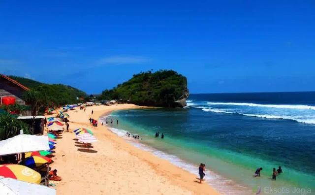 3 Wisata Pantai Hits di Yogyakarta