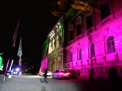http://www.rp-online.de/nrw/staedte/duesseldorf/vor-der-landtagswahl-martin-schulz-zu-gast-beim-staendehaus-treff-aid-1.6777112