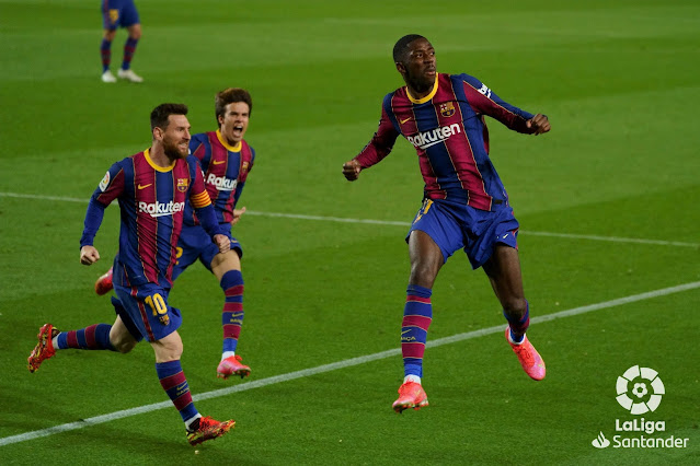 Messi and Puig celebrate goal with Ousmane Dembele during Barcelona 1-0 Real Valladolid in La Liga