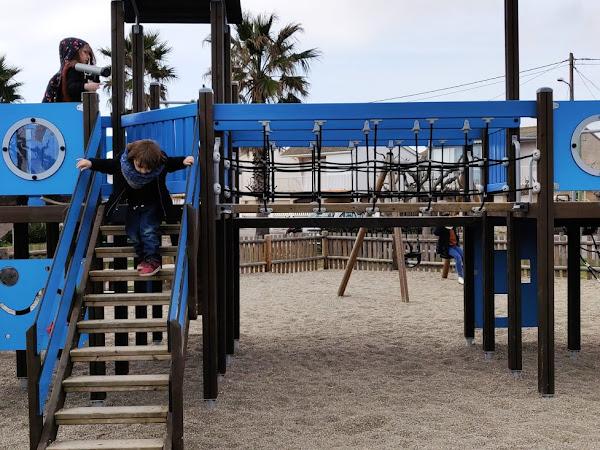 Sortie en famille : L'aire de jeux de la plage des Chalets // GRUISSAN