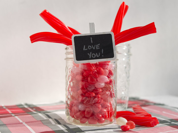 Valentine's Day table favor - personallyandrea.com