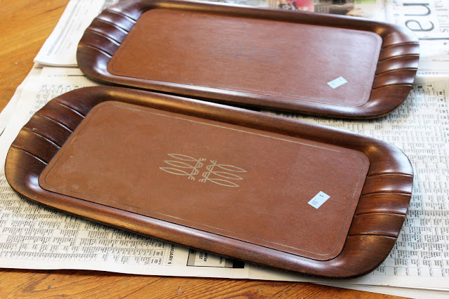 Photo of two vintage lap trays.