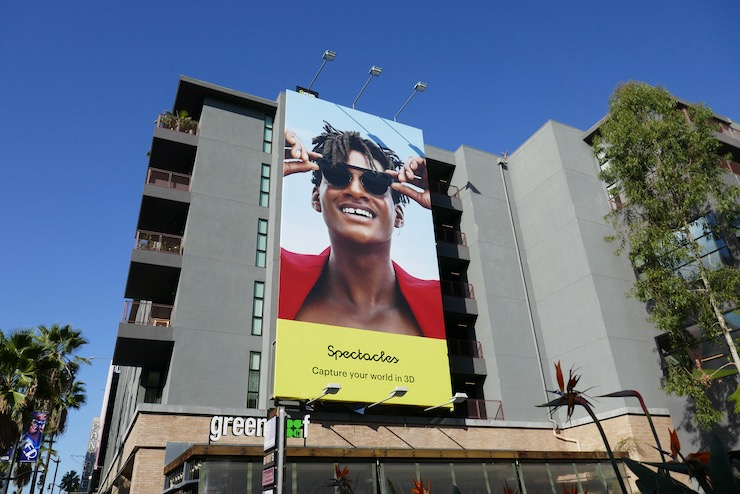 Spectacles Snapchat billboard