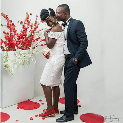 Photos: Ghanaian bride wears sneakers on her wedding day, explains her decision