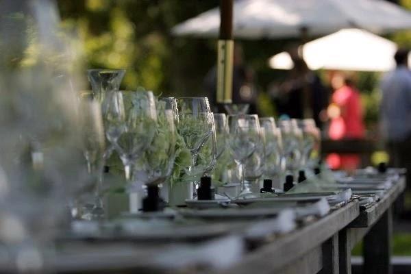 Jasa Catering Pernikahan.