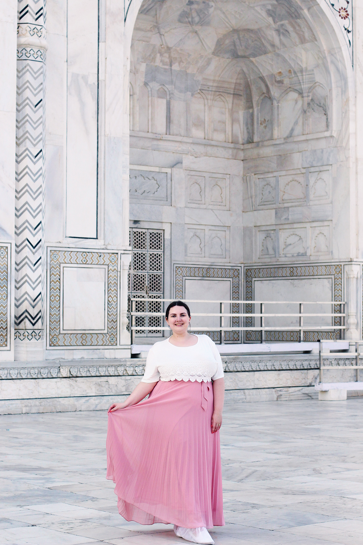 Taj Mahal plus size outfit