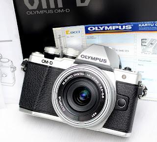 Jual Olympus OMD-Em10 Mark II