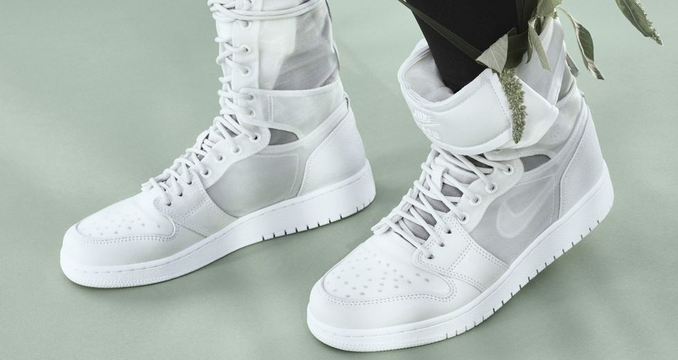 Nike The 1 Reimagined WMNS Air Force 1 Explorer XX,
