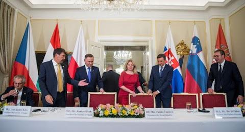 A V4-ek az EU kohéziós és a mezőgazdasági alapjainak szinten tartását szorgalmazzák