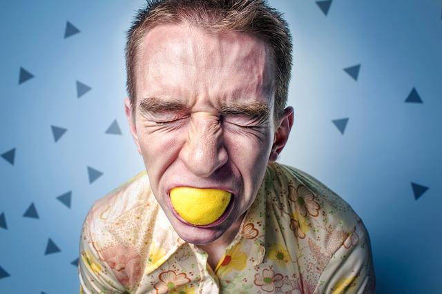 Penyebab & Cara Menghilangkan Cegukan