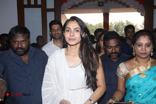Tamil Actress Singer Andrea Stills in White Salwar Kameez at Narayana Group of Schools Carnival Inauguration  0005.jpg