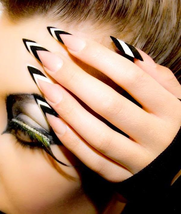 dirtbin designs: Pointed nails thanks Rihanna