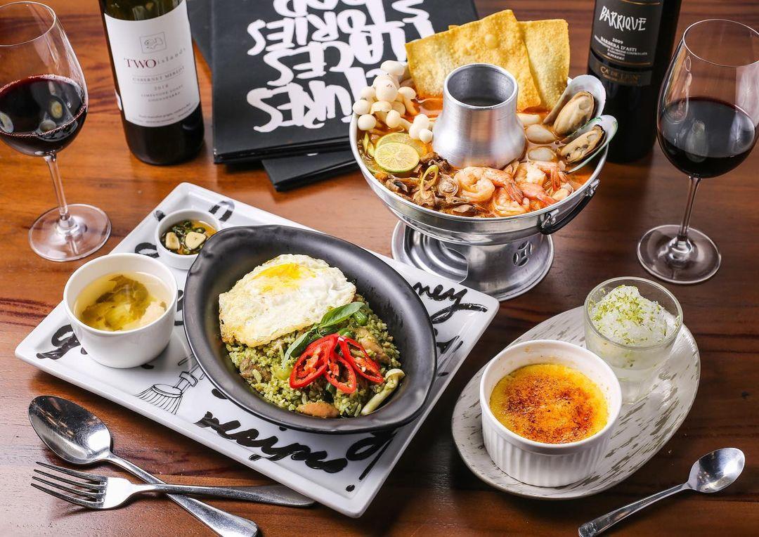 menu greyhound cafe gunawarman