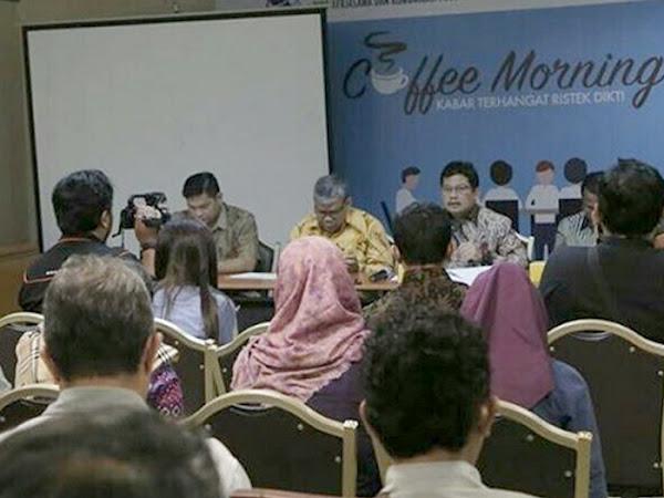 Hardiknas Kemenristekdikti 2017 di Surabaya