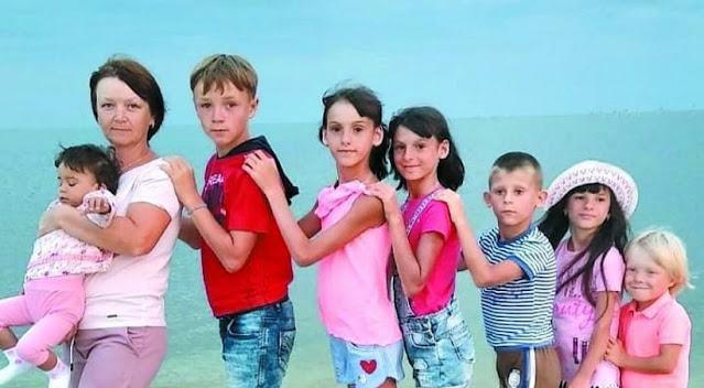 Елена с мужем взяли под опеку шестерых детей, у четверых из них — ВИЧ!