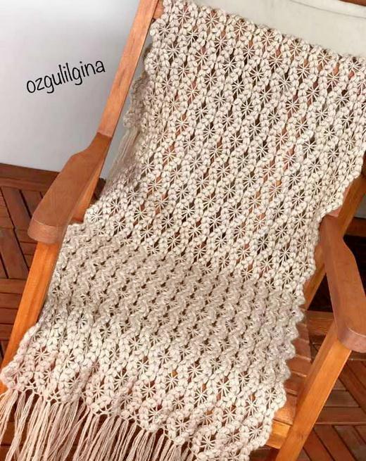 Crochet Wrap Pattern - Puff-spiders