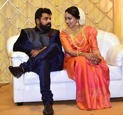 RJ-shaan-marries-actress-parvathy-photos