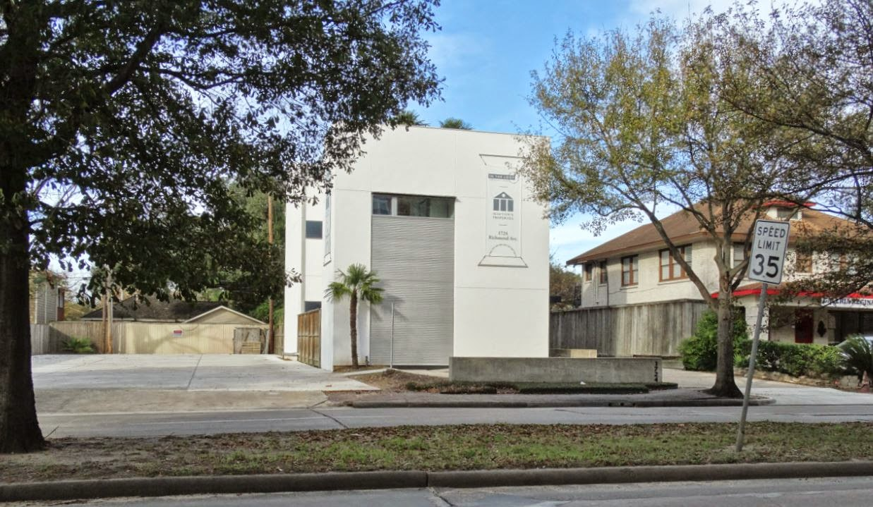 Photo of 1724 Richmond Avenue (formerly De Santos Gallery)