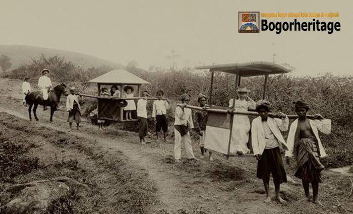Naik Tandu dari Bogor ke Jakarta
