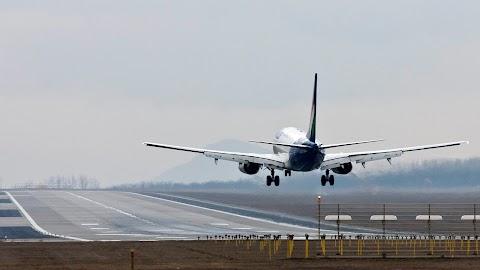 Az adók mellett befektetéseket is vár a légi szövetség