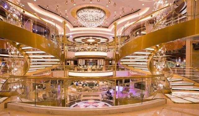 Atrium der Regal Princess (C) Princess Cruises