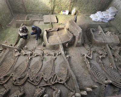2,600-year-old tombs discovered in Henan