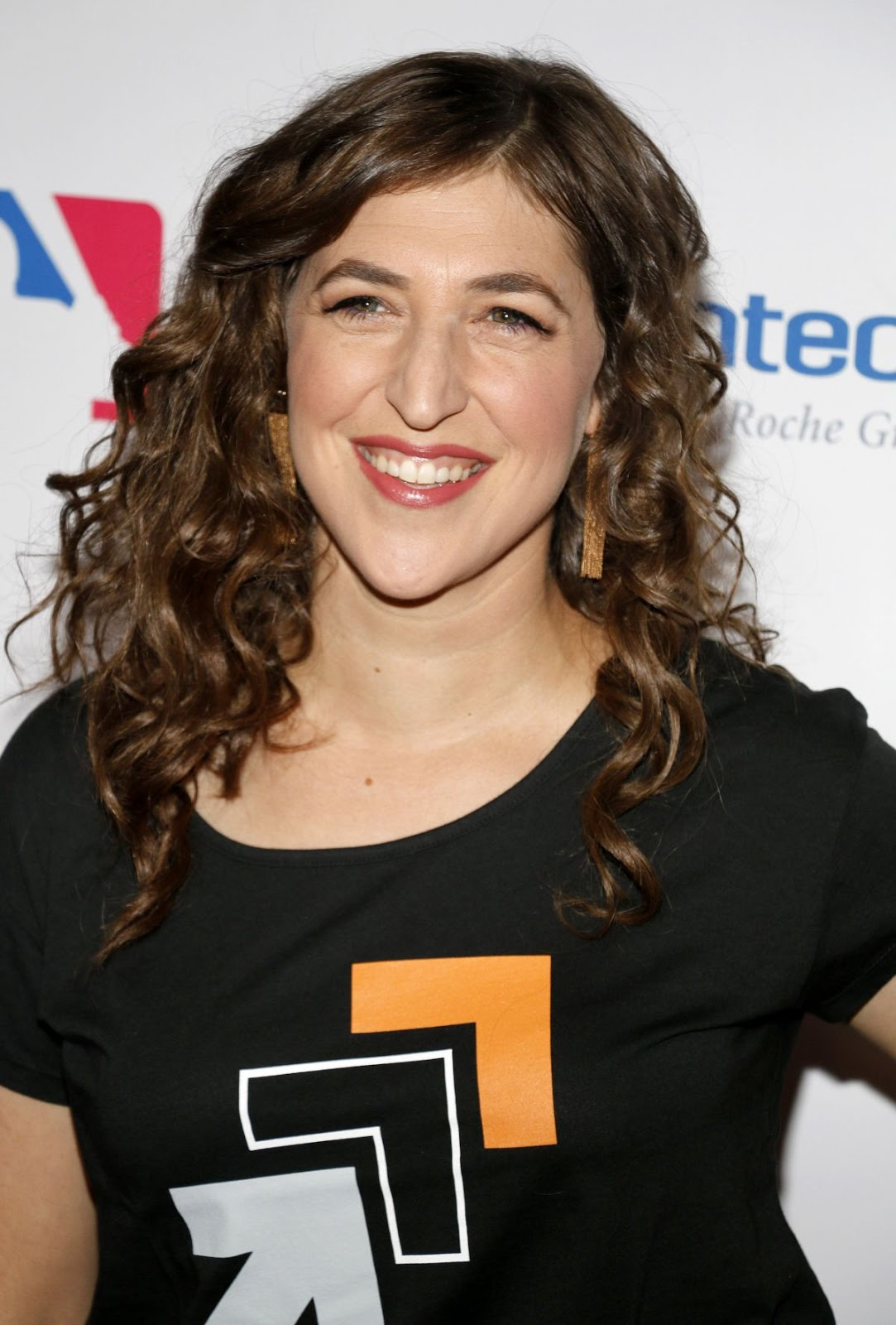 HQ Photos of Mayim Bialik At 5th Biennial Stand Up To Cancer In Los Angeles
