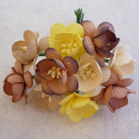 https://www.scrapek.pl/pl/p/Kwiat-wisni-MIX-Brown-Tone-50sztuk-zestaw/12602