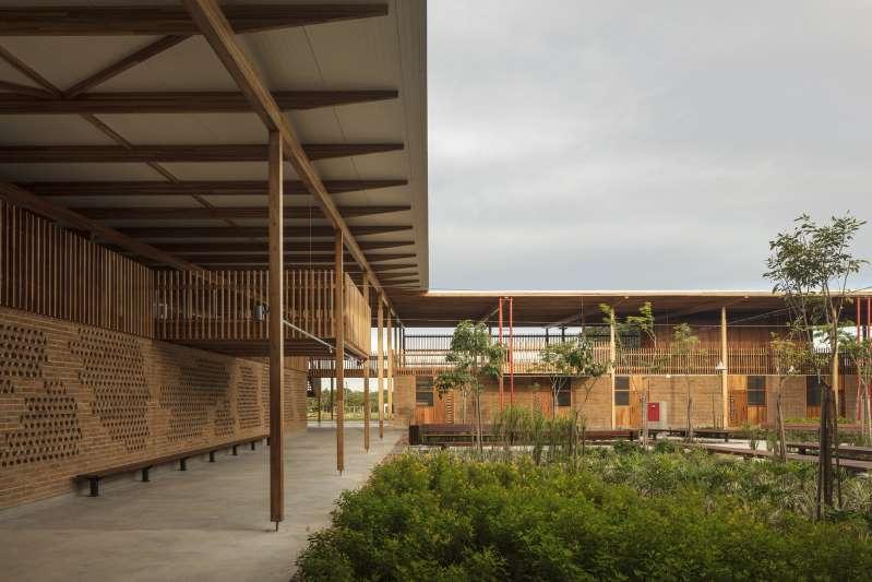 Escola de Madeira no TO vence prêmio internacional de arquitetura mundial